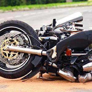 後遺障害12級のバイク事故で損害賠償認容額が1千万超の判例