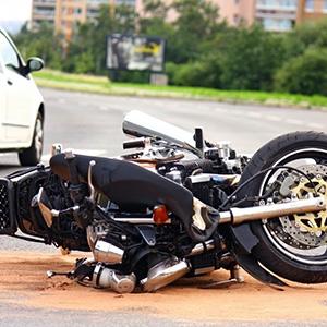 【過失3割】若者のバイク事故で損害賠償認容額4千万超の判例