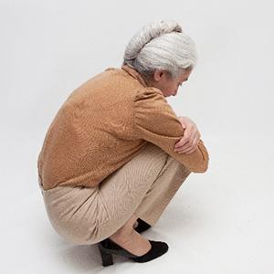 専業主婦、転換性障害と事故に因果関係あり。2800万~認定