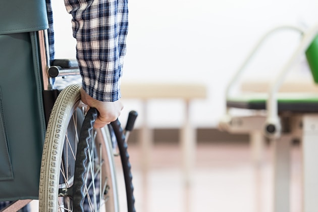 交通事故の慰謝料|リハビリも通院日数に入る!適正額を得るための注意点も